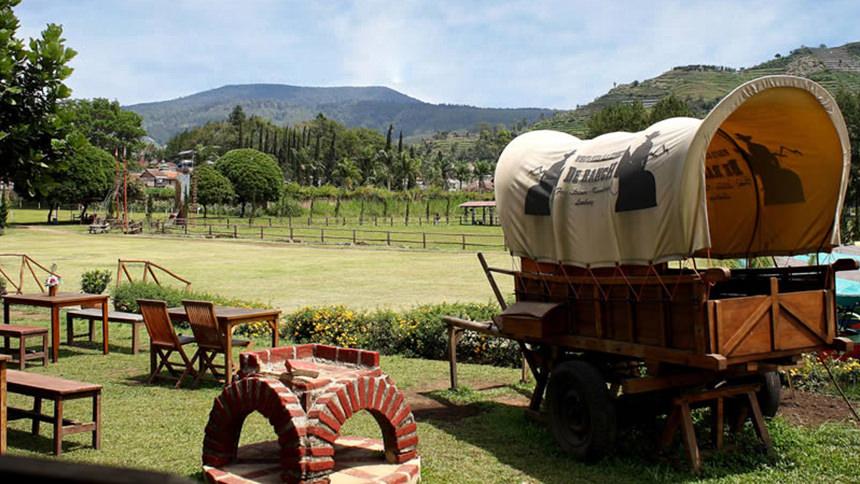 De Ranch Lembang De Ranch Lembang Cover - Dolan Dolen
