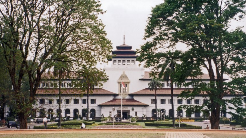 Gedung Sate Gedung Sate Cover - Dolan Dolen