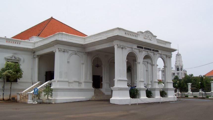 Gedung Kesenian Jakarta Gedung Kesenian Jakarta - Dolan Dolen