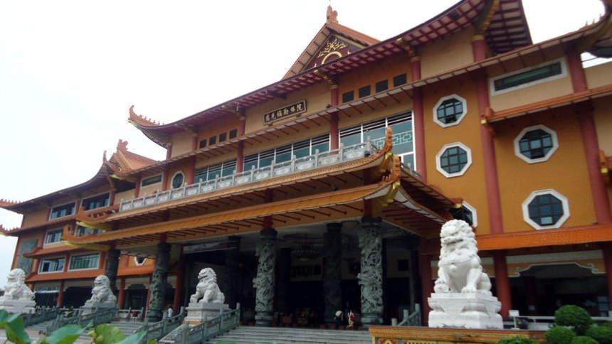 Maha-Vihara-Adhi-Maitreya.jpg?profile=RESIZE_584x