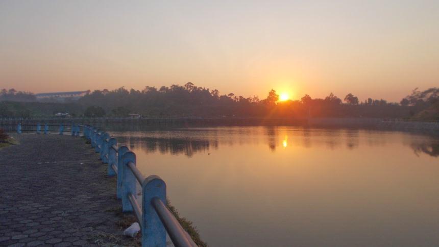 Embung Tambakboyo Sunrise Embung Tambakboyo Sunrise - Dolan Dolen