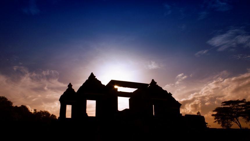 Istana Ratu Boko Sunrise Istana Ratu Boko Sunrise - Dolan Dolen