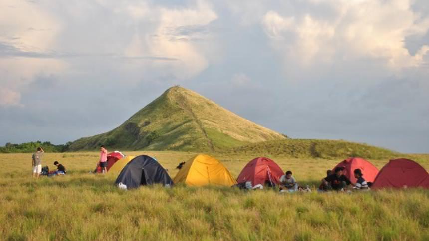 Camping Pulau Kenawa Camping Pulau Kenawa - Dolan Dolen