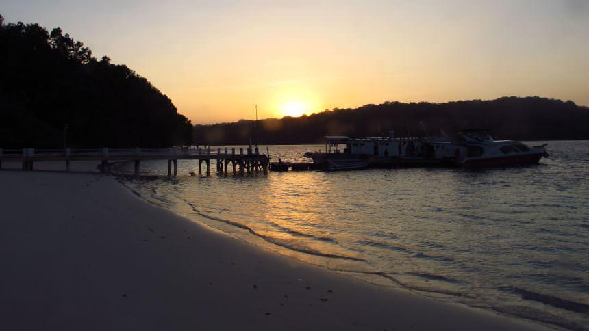 Sunset Pulau Peucang Sunset Pulau Peucang - Dolan Dolen
