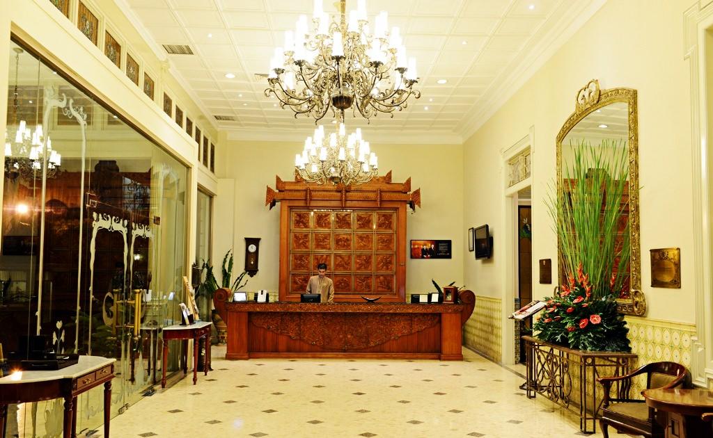 The Phoenix Hotel, Penginapan Mewah ala Bangsawan Eropa di ...