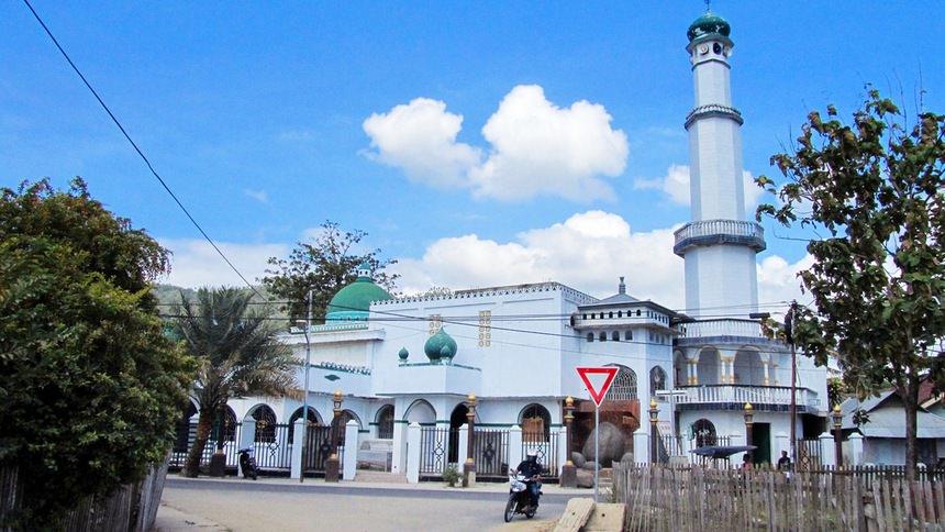 Masjid Sultan Amay Masjid Sultan Amay - Dolan Dolen