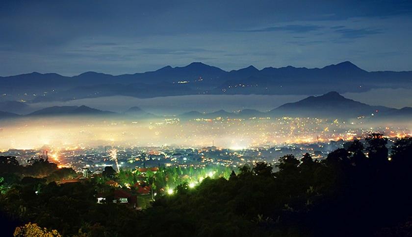 Alam Wisata Cimahi Malam Hari Alam Wisata Cimahi Malam Hari - Dolan Dolen
