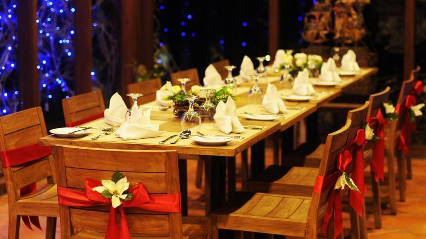 Arumdalu Private Resort Dinner Arumdalu Private Resort Dinner - Dolan Dolen