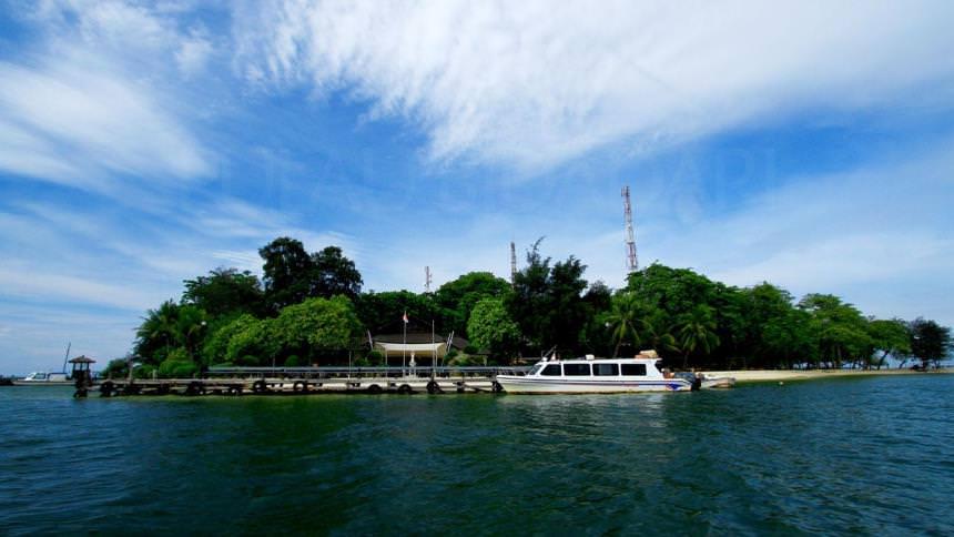 Dermaga Pulau Bidadari Dermaga Pulau Bidadari - Dolan Dolen
