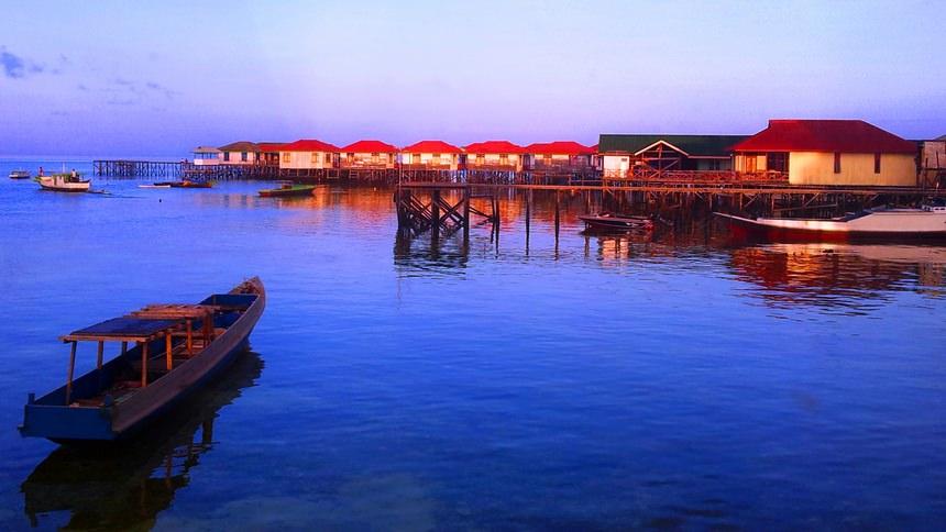Dermaga Kepulauan Derawan Dermaga Kepulauan Derawan - Dolan Dolen