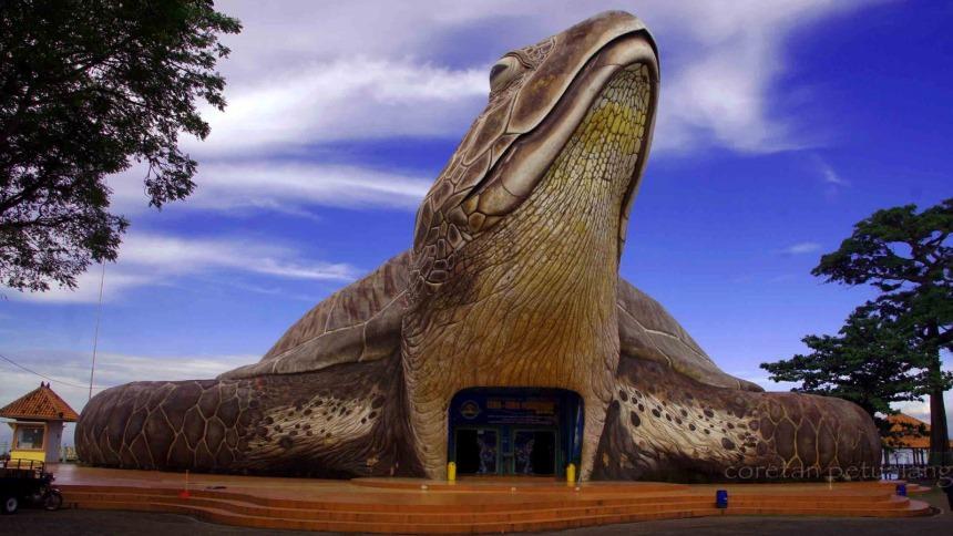 Kura-Kura Ocean Park Pantai Kartini Kura Kura Ocean Park Pantai Kartini - Dolan Dolen