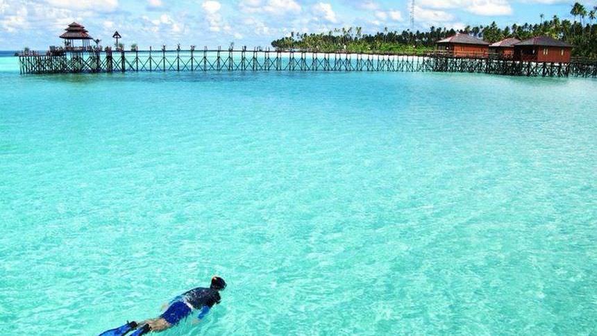 Snorkeling Kepulauan Derawan Snorkeling Kepulauan Derawan - Dolan Dolen