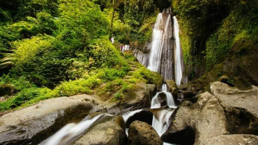 Air Terjun Dusun Kuning Air Terjun Dusun Kuning - Dolan Dolen