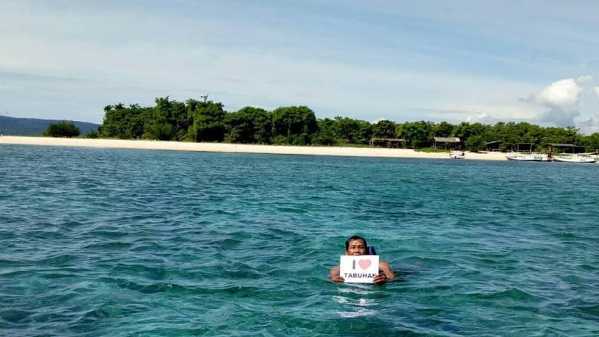 Snorkeling Pulau Tabuhan Snorkeling Pulau Tabuhan - Dolan Dolen