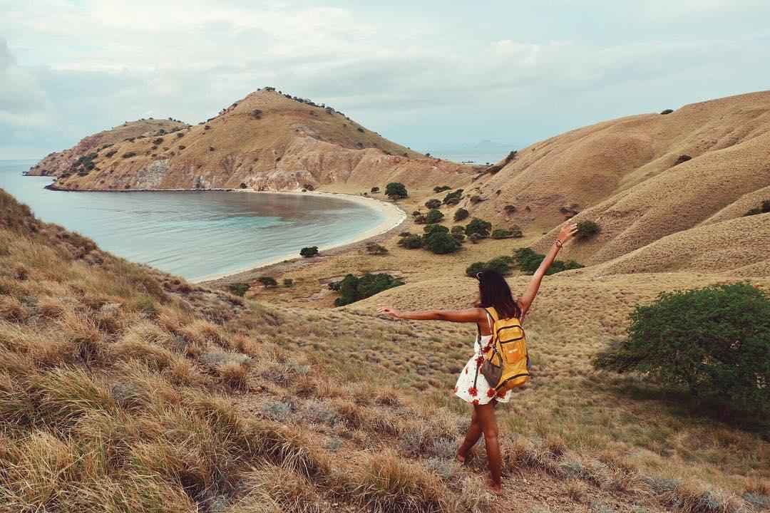 Gili Lawa Laut, Kepulauan Komodo by Dolaners Gili Lawalaut by KIKA Dolaners - Dolan Dolen