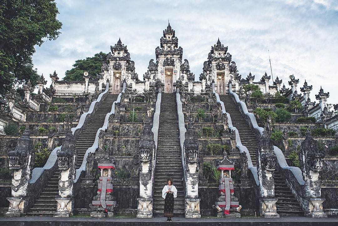 Lempuyang Luhur Temple - Bali by Dolaners Pura Luhur Lempuyang Karangasem by Eva Ang Ye Yin Dolaners - Dolan Dolen