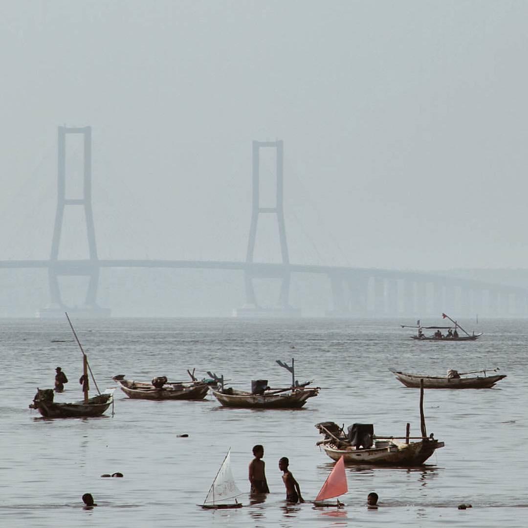 Jembatan Suramadu, Jembatan, Suramadu, Surabaya, Dolan Dolen, Dolaners Jembatan Suramadu via talitadnr - Dolan Dolen