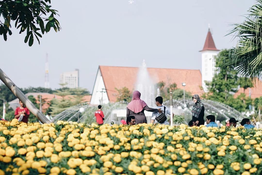 Taman Balai Kota Surabaya, Taman Balai Kota, Balai Kota Surabaya, Dolan Dolen, Dolaners Taman Balai Kota Surabaya via randyyusufpp - Dolan Dolen