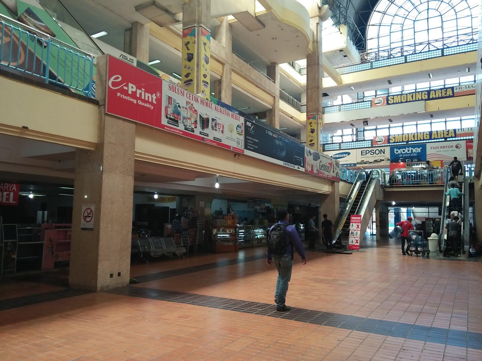 hi-tech mall, surga belanja, elektronik, komputer, surga belanja surabaya, dolan dolen dolaners hi tech mall via saphiretravel - Dolan Dolen