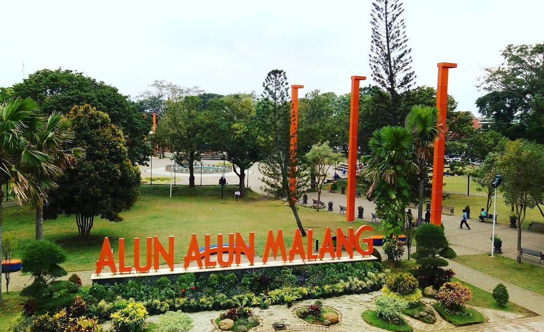 Alun-Alun Malang, Malang, Kota Malang, Dolan Dolen, Dolaners Alun Alun Malang via m4121l - Dolan Dolen