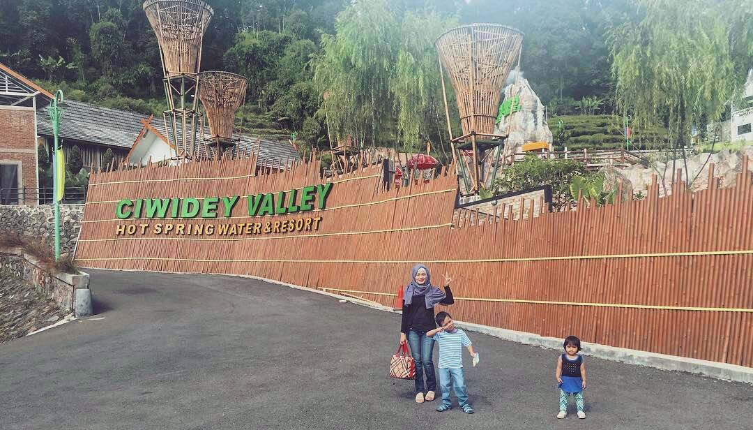 Ciwidey Valley Resort, Ciwidey Bandung, Bandung, Kota Bandung, Dolan Dolen, Dolaners Ciwidey Valley Resort via weezwaswijnya - Dolan Dolen