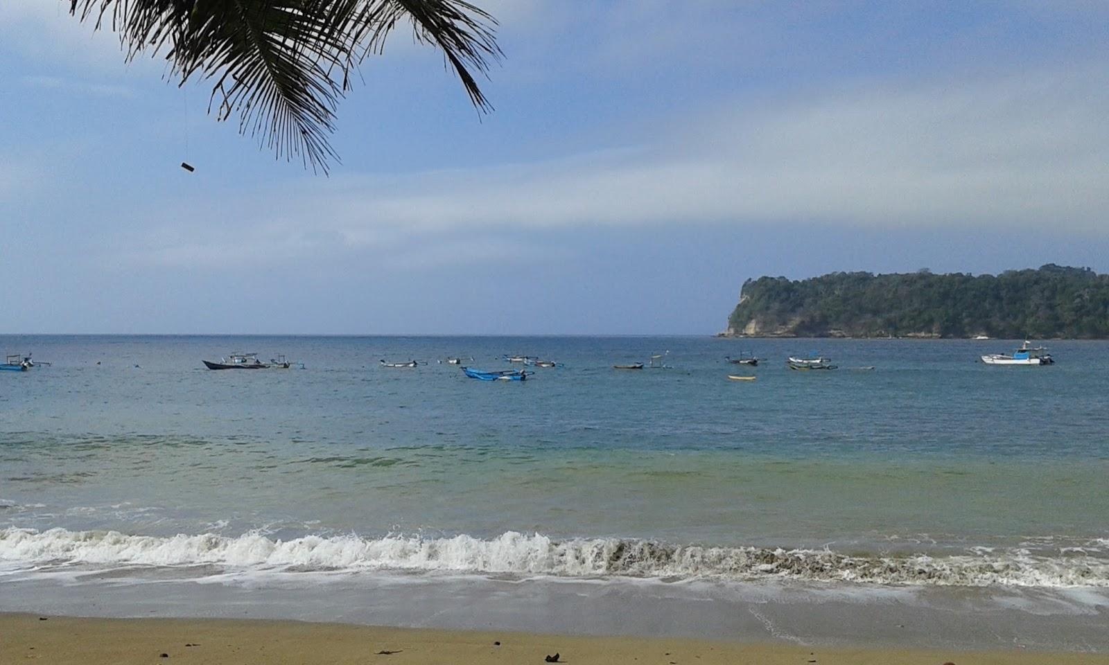 Pantai Tamban yang Terlupakan, Pantai Tamban, Pantai Tamban Malang, Kabupaten Malang, Dolan Dolen, Dolaners Keindahan Alam Pantai Tamban via Nurtjahja Juniarsa - Dolan Dolen