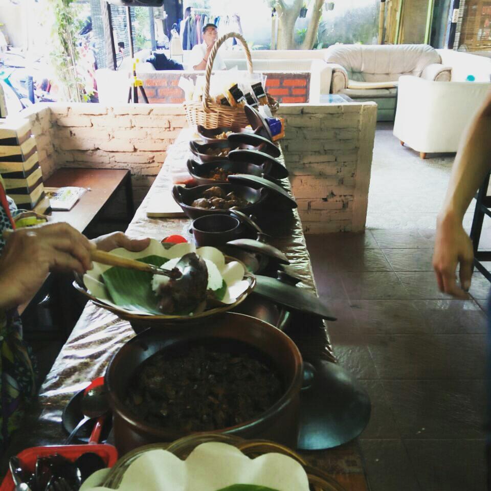 Pondok Surabi, Pondok Surabi Bandung, Bandung, Kota Bandung, Dolan Dolen, Dolaners Pondol Surbi via pondoksurabi - Dolan Dolen