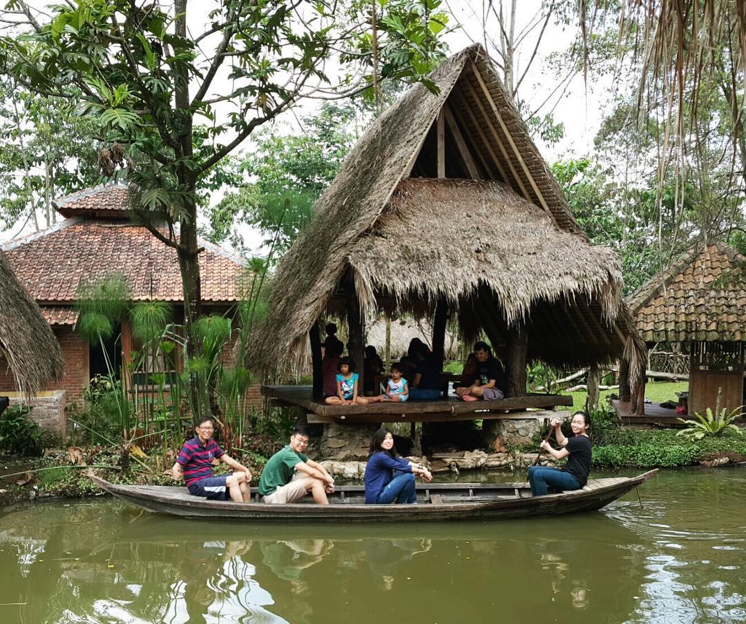 Sapu Lidi Resort, Sapu Lidi, Sapu Lidi Bandung, Bandung, Kota Bandung, Dolan Dolen, Dolaners Sapu Lidi Resort via yohana echa7 - Dolan Dolen