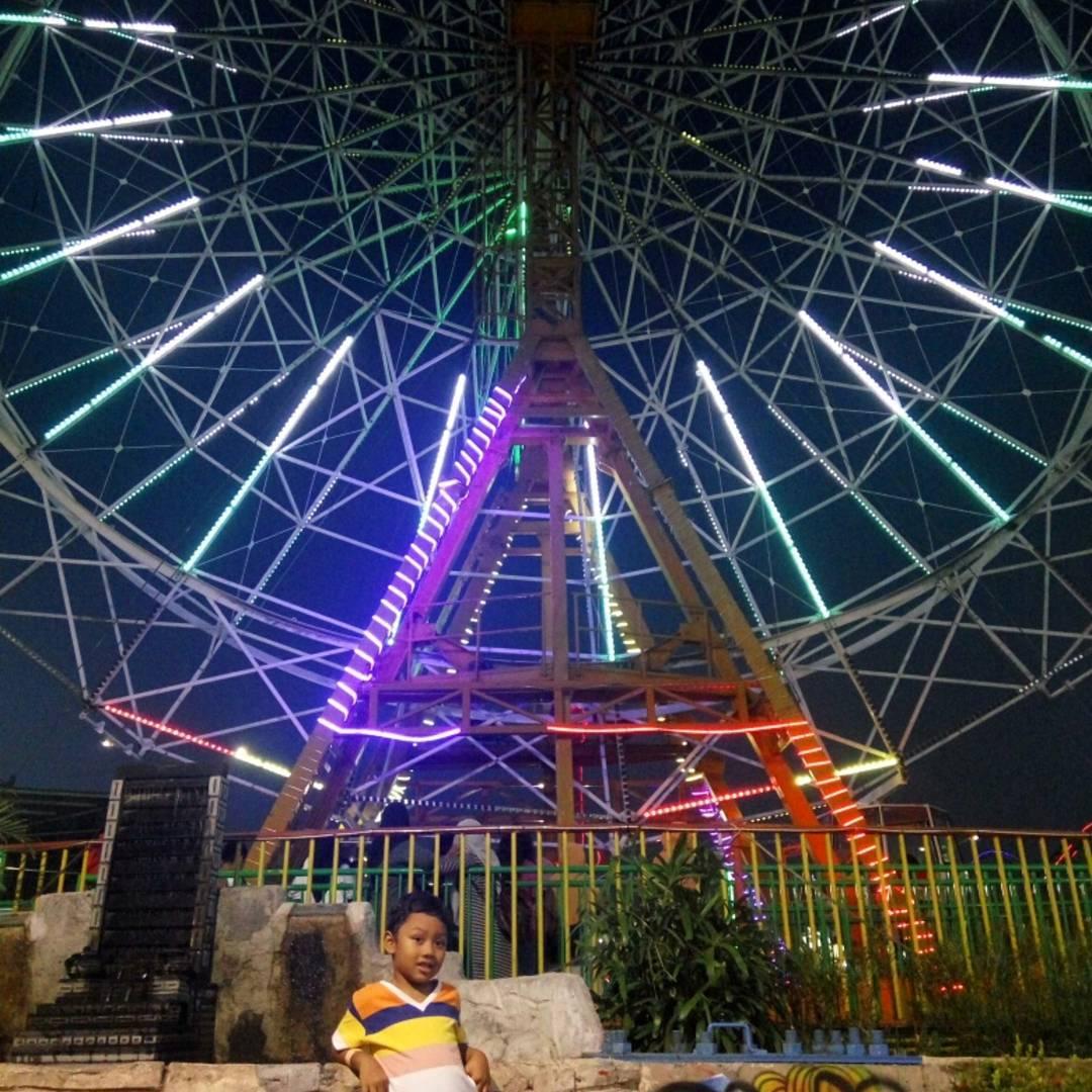 Suroboyo Carnival Park, Carnival Park Surabaya, Carnival Park, Kota Surabaya, Dolan Dolen, Dolaners Suroboyo Carnival Park by vikippanitra - Dolan Dolen