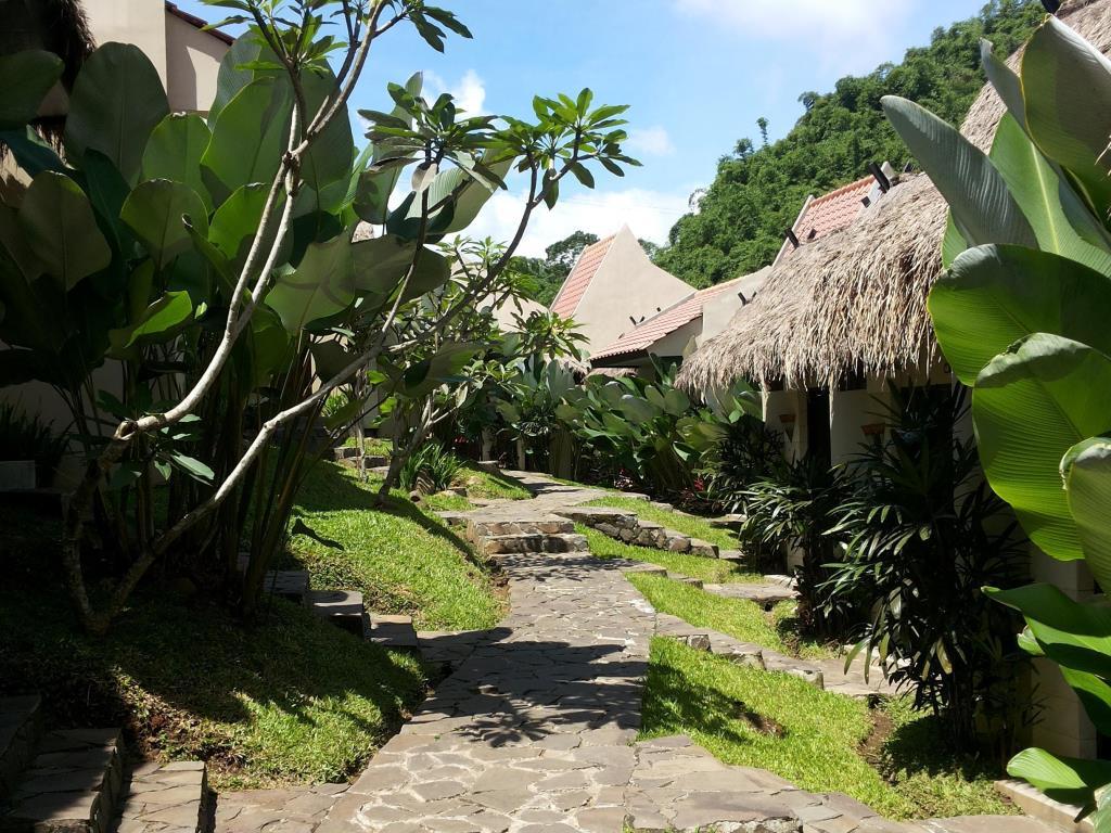 d'riam Riverside Resort, d'riam Riverside Resort Bandung, Bandung, Kota Bandung, Dolan Dolen, Dolaners driam Riverside Resort via ganti - Dolan Dolen