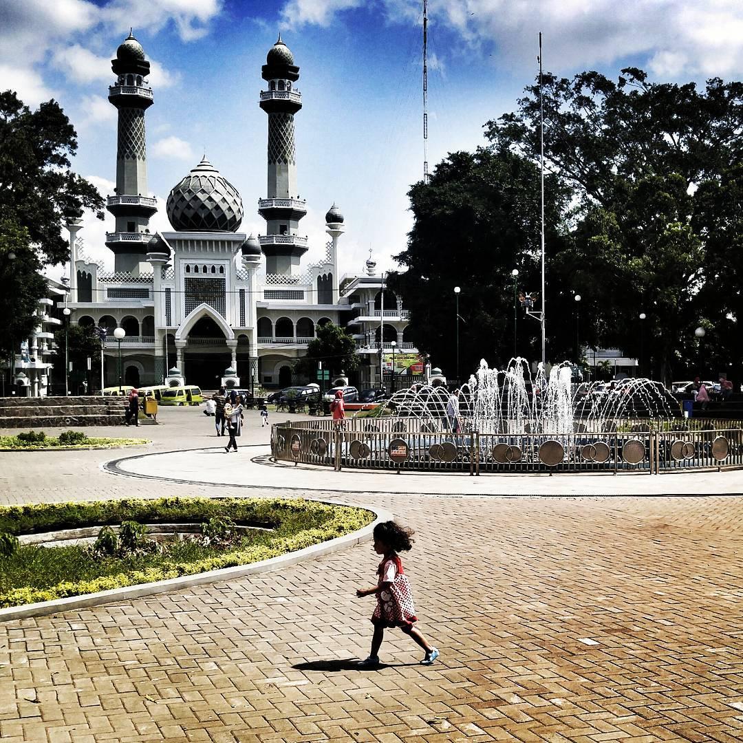 Alun Alun Merdeka Malang, Malang, Kota Malang, Malang Raya, Dolan Dolen, Dolaners Alun Alun Merdeka Malang via pandahgendut - Dolan Dolen