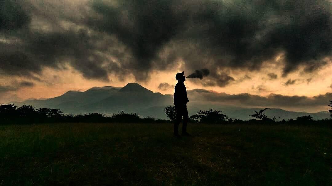 Bukit Teletubbies, Bukit Teletubbies Malang, Malang, Malang Raya, Dolan Dolen, Dolaners Bukit Teletubbies via moch - Dolan Dolen