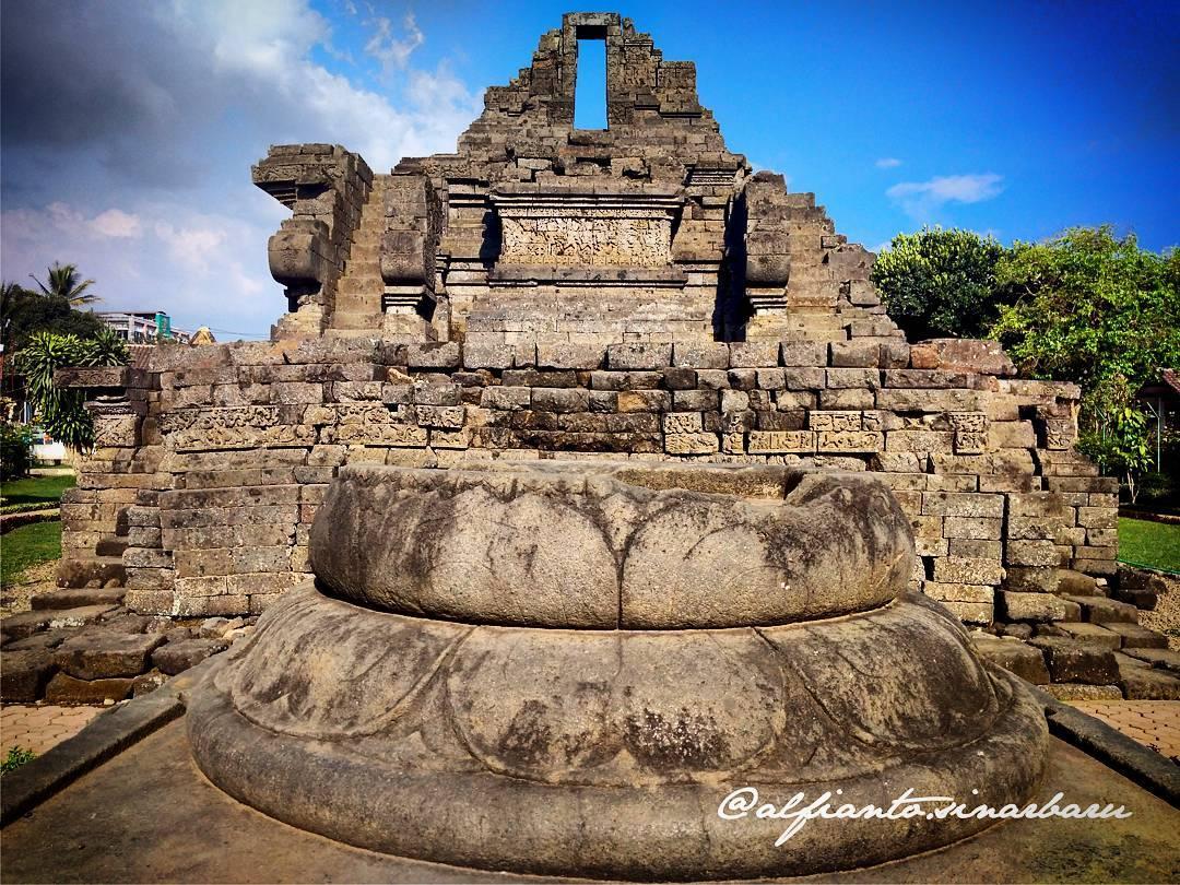 Candi Jago, Candi Jago Malang, Malang Raya, Dolan Dolen, Dolaners Candi Jago via alfianto - Dolan Dolen