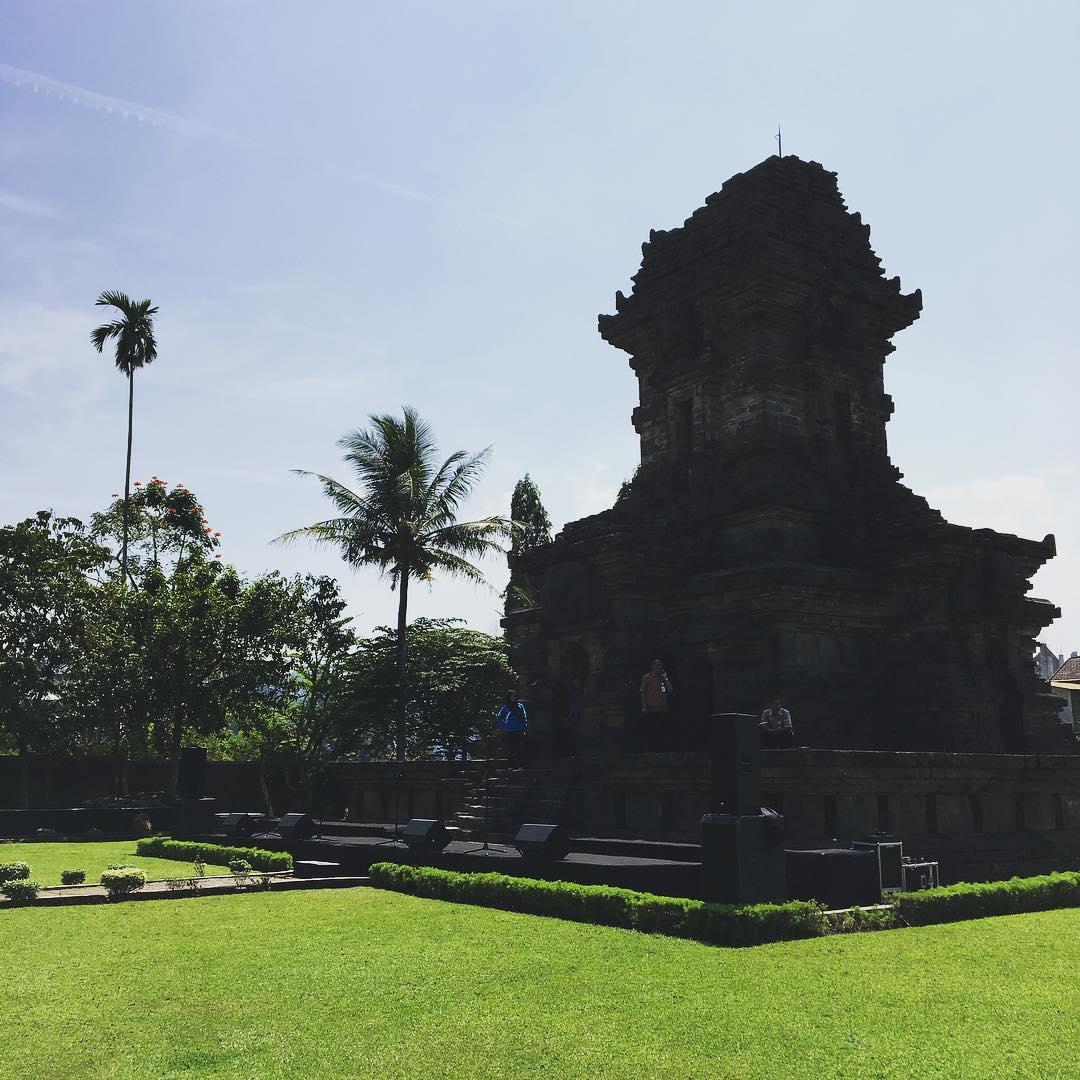 Candi Singosari, Candi Singosari Malang, Malang Raya, Dolan Dolen, Dolaners Candi Singosari via yanwarsyahrin - Dolan Dolen