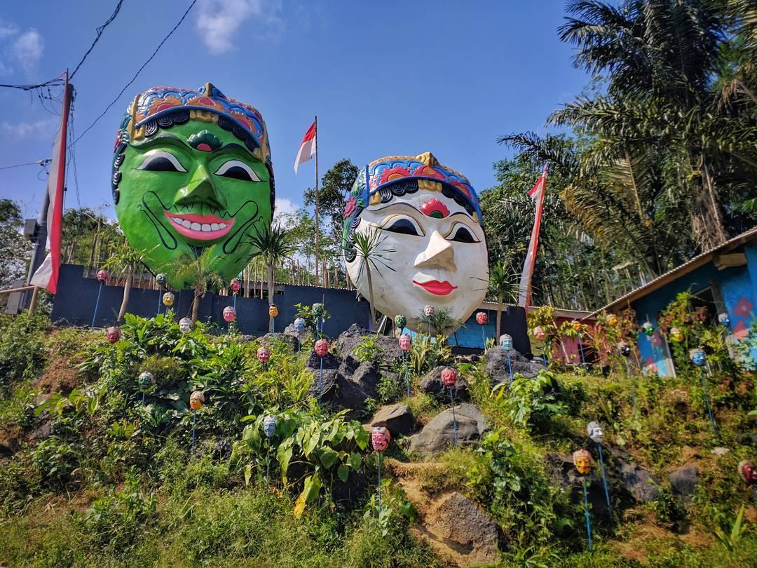 Kampung Topeng, Kampung Topeng Malang, Kampung Topeng Kota Malang, Malang, Kota Malang, Dolan Dolen, Dolaners Kampung Topeng via wisnufdewantara - Dolan Dolen