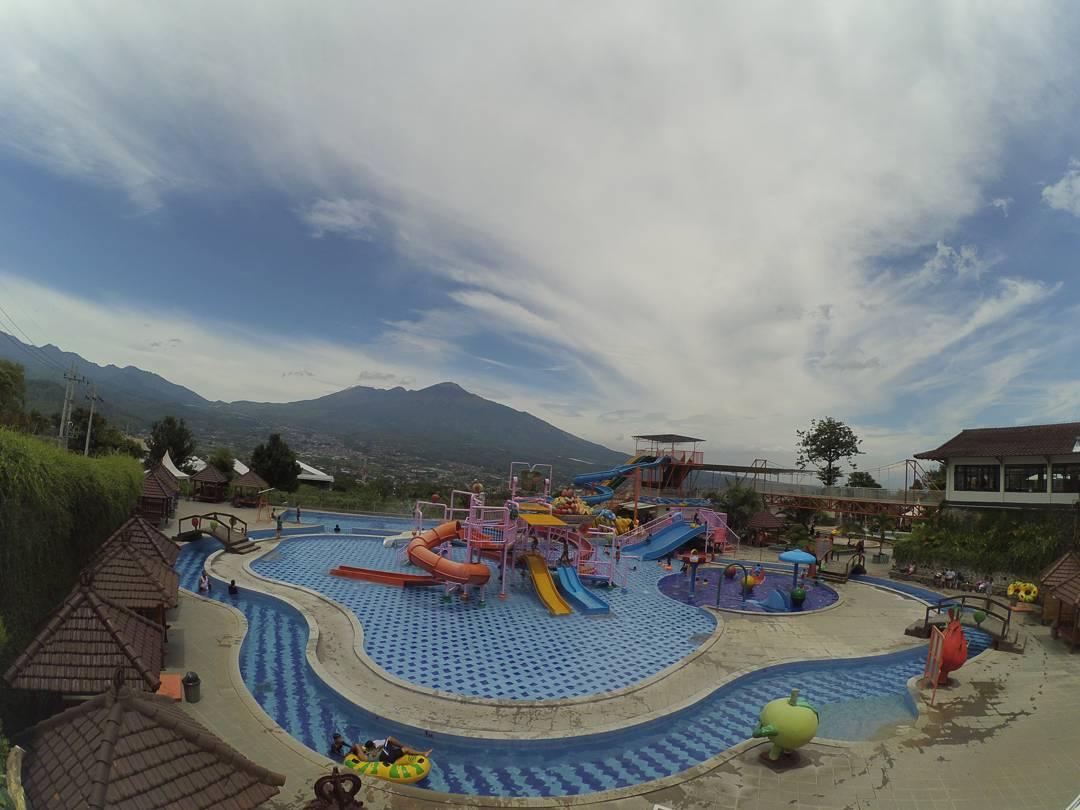 Kusuma Waterpark, Kusuma Waterpark Kota Batu, Malang Raya, Dolan Dolen, Dolaners Kusuma Waterpark via erynurlaks - Dolan Dolen