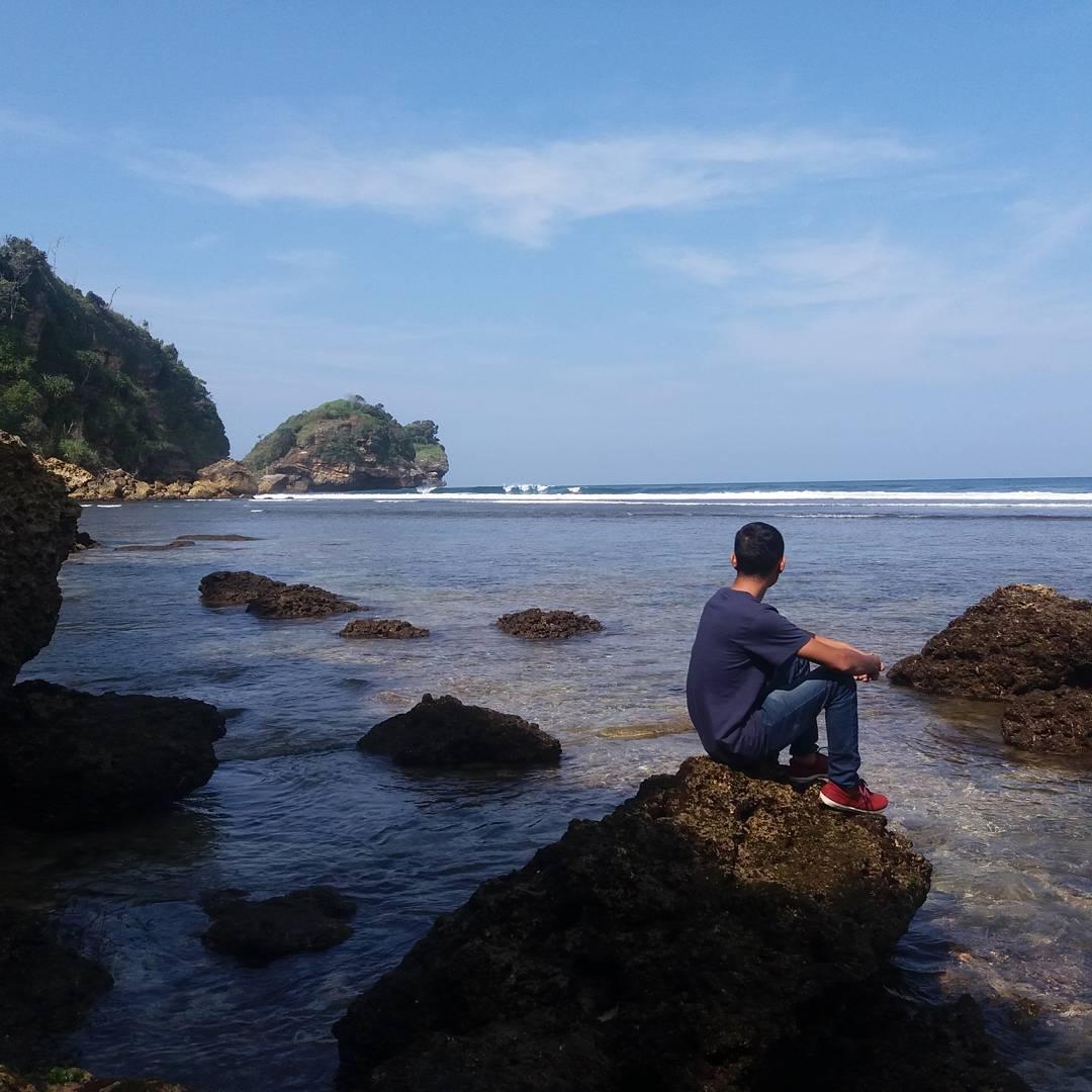 Pantai Ngudel Malang, Malang, Kabupaten Malang, Dolan Dolen, Dolaners Pantai Ngudel Malang via khusaikhu - Dolan Dolen