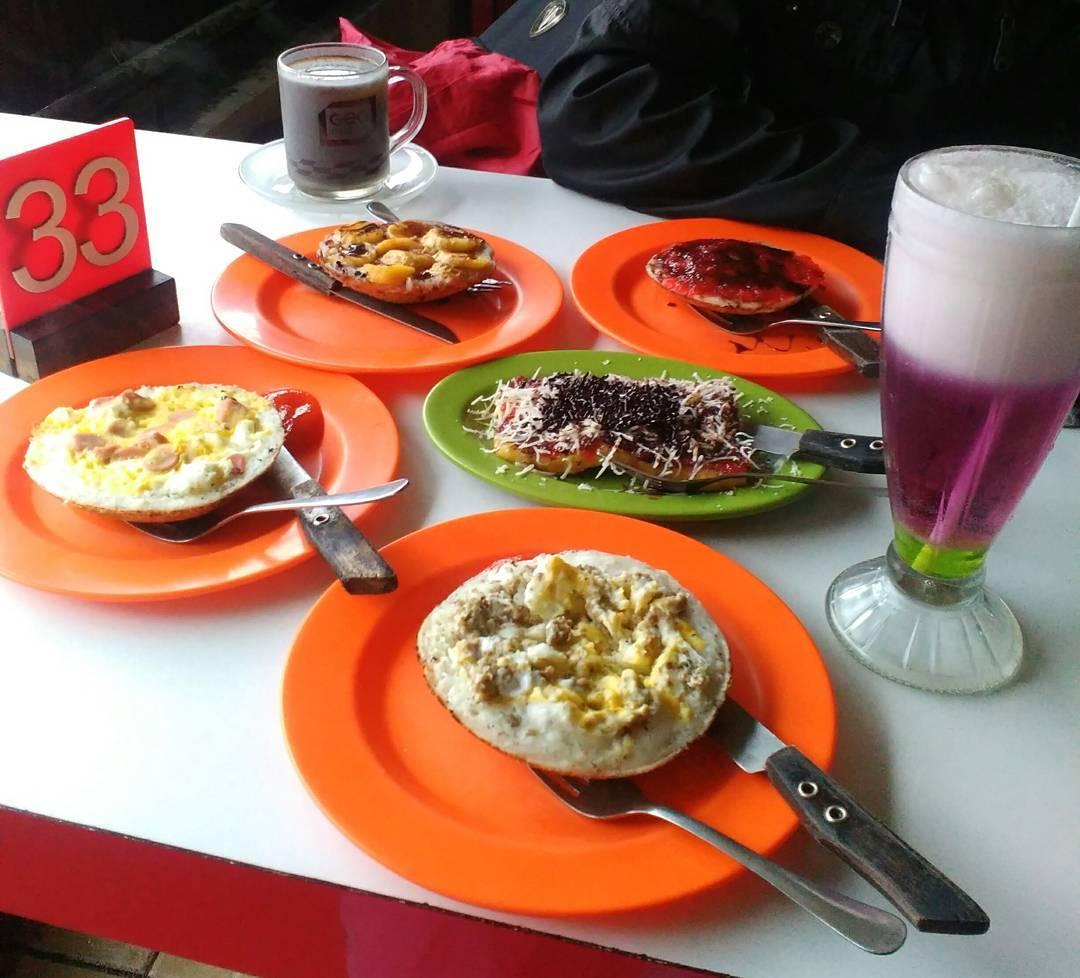 Surabi Imut, Surabi Imut Malang, Malang, Kota Malang, Dolan Dolen, Dolaners Surabi Imut via anisa widodo - Dolan Dolen