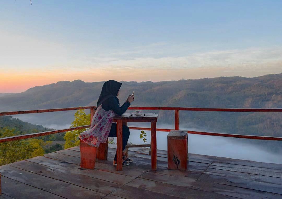 Bukit Mojo Gumelem, Bukit Mojo Gumelem Yogyakarta, Yogyakarta, Dolan Dolen, Dolaners Bukit Mojo Gumelem by ferindats - Dolan Dolen