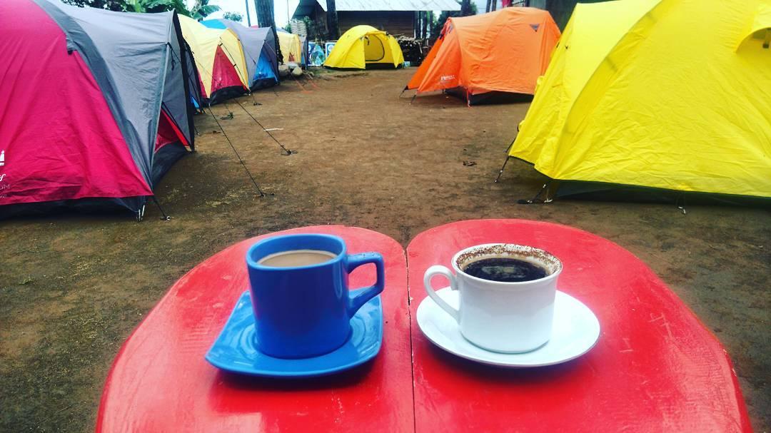 Camping di Gunung Sari Sunset, Camping di Gunung Sari Sunset Malang, Kabupaten Malang, Dolan Dolen, Dolaners Camping di Gunung Sari Sunset via kharismaputrao 3 - Dolan Dolen