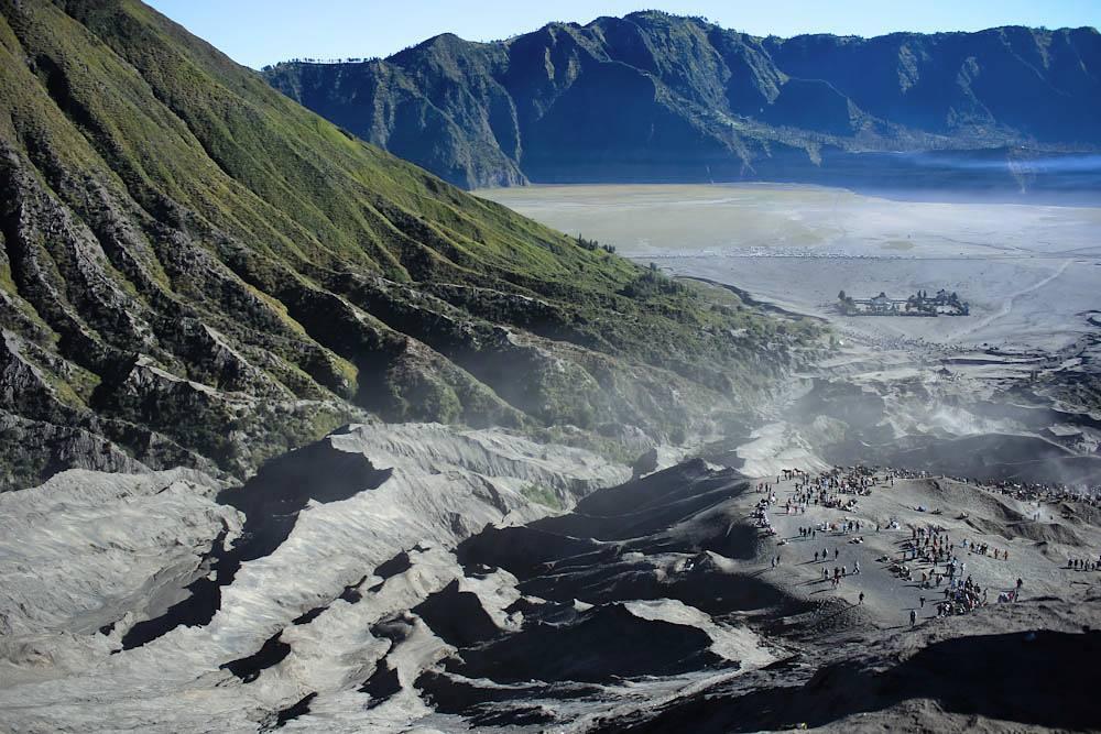 Gunung Batok, Dolan Dolen, Dolaners Gunung Batok via atmosfer - Dolan Dolen