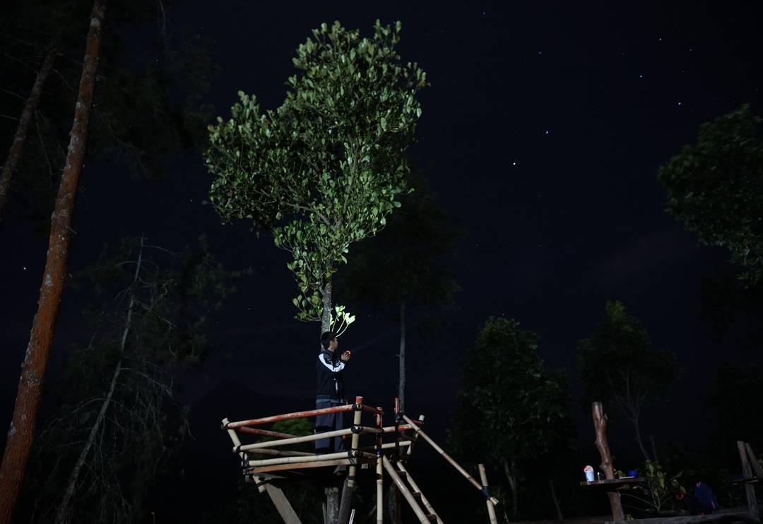 Langit Malam Gunung Sari Sunset, Langit Malam Gunung Sari Sunset Malang, Kabupaten Malang, Dolan Dolen, Dolaners Langit Malam Gunung Sari Sunset via jonathanyoyon - Dolan Dolen