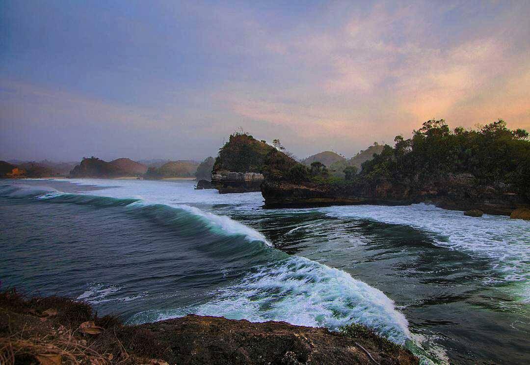Pantai Batu Bengkung, Pantai Batu Bengkung Malang, Kabupaten Malang, Dolan Dolen, Dolaners Pantai Batu Bengkung via bilangagus - Dolan Dolen