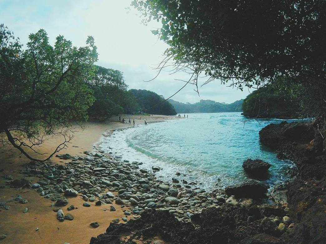 Pantai Kedung Celeng, Pantai Kedung Celeng Malang, Kabupaten Malang, Dolan Dolen, Dolaners Pantai Kedung Celeng by riskarahadhi - Dolan Dolen