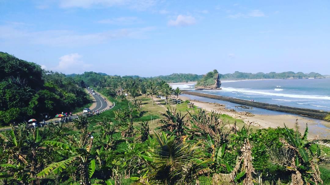Pantai Parang Dowo, Pantai Parang Dowo Malang, Kabupaten Malang, Dolan Dolen, Dolaners Pantai Parang Dowo via hei firman - Dolan Dolen