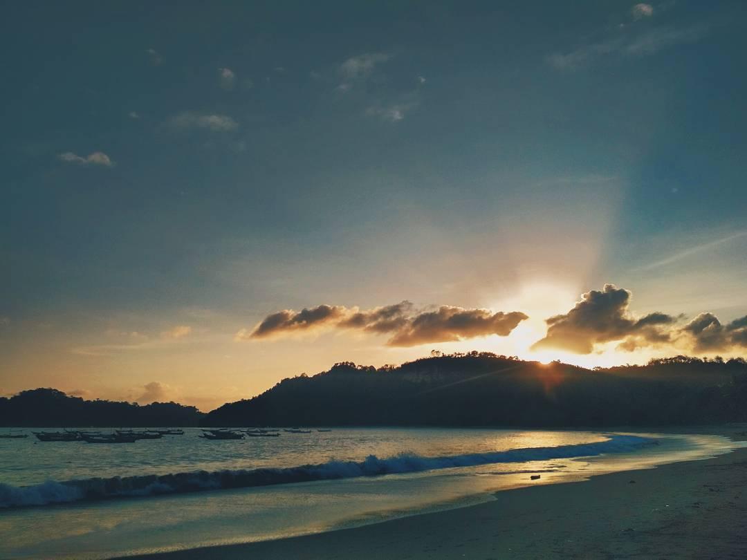Pantai Tamban, Pantai Tamban Malang, Kabupaten Malang, Dolan Dolen, Dolaners Pantai Tamban via rendyherdiyan - Dolan Dolen