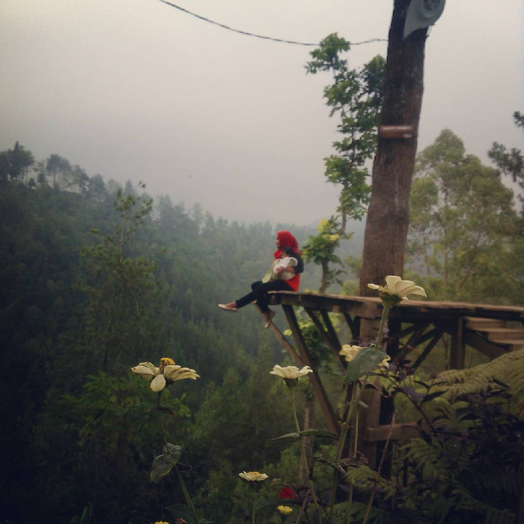 Spot Instagenik di Gunung Sari Sunset, Spot Instagenik di Gunung Sari Sunset Malang, Kabupaten Malang, Dolan Dolen, Dolaners Spot Instagenik di Gunung Sari Sunset via neiyaalbanie - Dolan Dolen