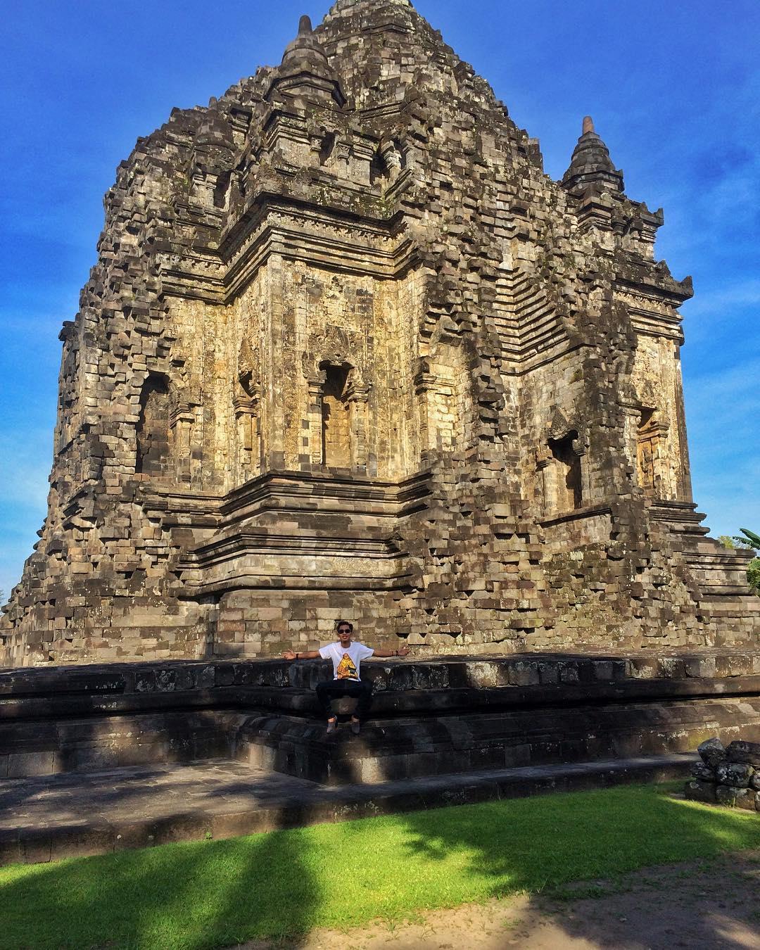 Candi Kalasan, Candi Kalasan Yogyakarta, Yogyakarta, Dolan Dolen, Dolaners Candi Kalasan via adhitya prasetya - Dolan Dolen