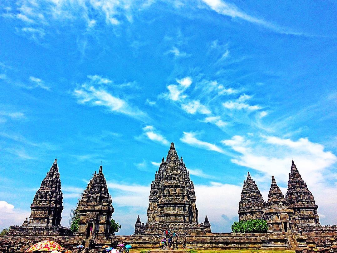 Candi Prambanan, Candi Prambanan Yogyakarta, Yogyakarta, Dolan Dolen, Dolaners Candi Prambanan via amwdw - Dolan Dolen