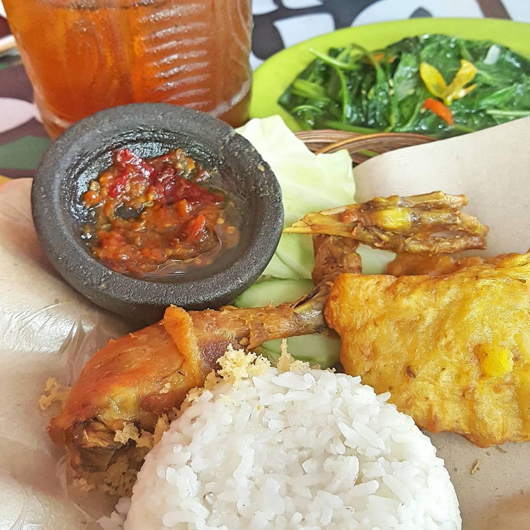 Sambel Layah, Sambel Layah Yogyakarta, Yogyakarta, Dolan Dolen, Dolaners Sambel Layah via kulinersist - Dolan Dolen